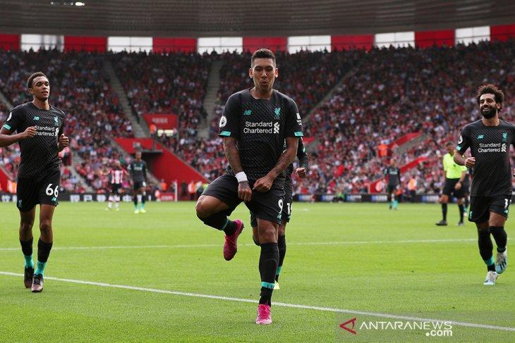 Liverpool kalahkan Southampton 2-1