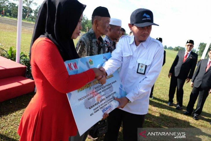 BUMN Hadir Untuk Negeri di Sumatera Utara gelar jalan sehat