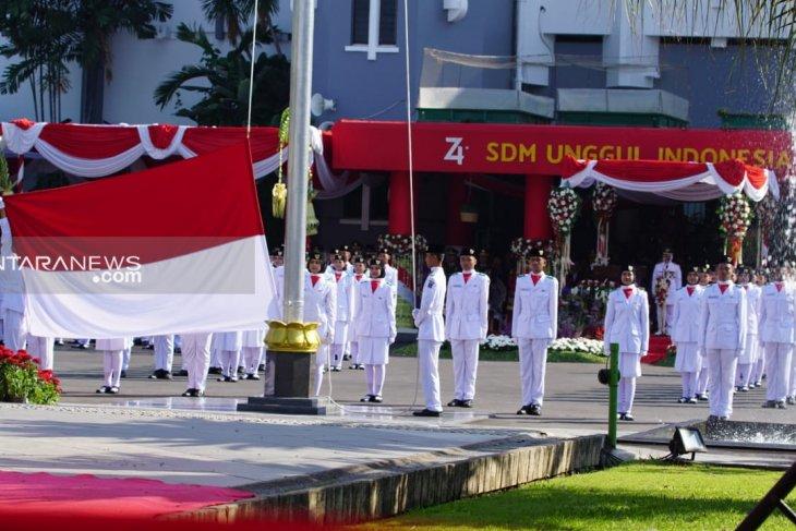 Risma berpesan gelorakan semangat gotong-royong kepada warga Kota Surabaya