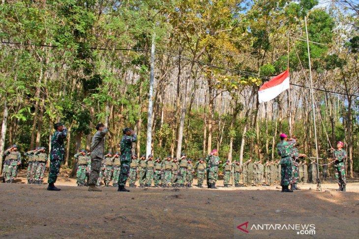 Marinir Amerika turut upacara HUT RI di Hutan Banyuwangi