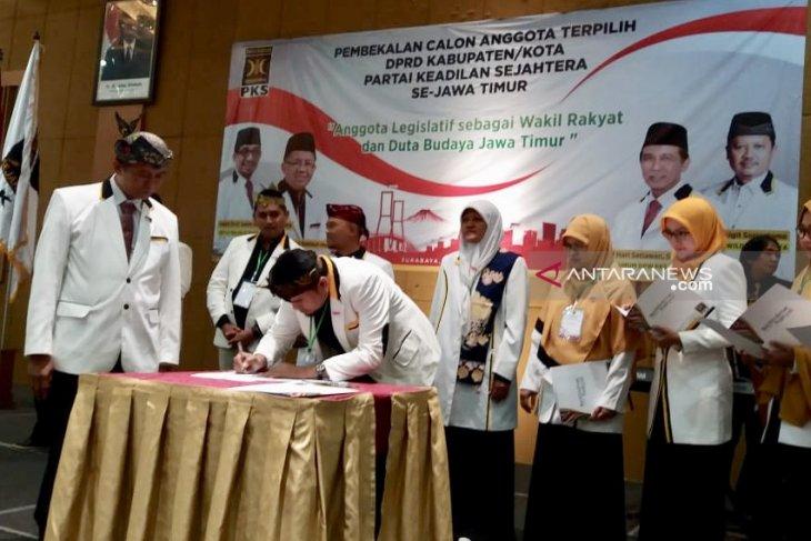 Jika terbukti korupsi, kader PKS pilih mundur atau dimundurkan