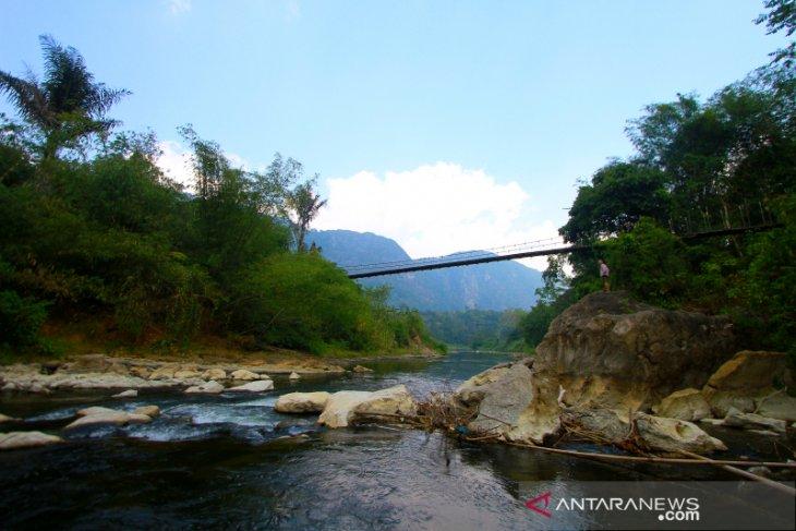 Potensi Wisata Desa Nateh Di Kaki Pegunungan Meratus