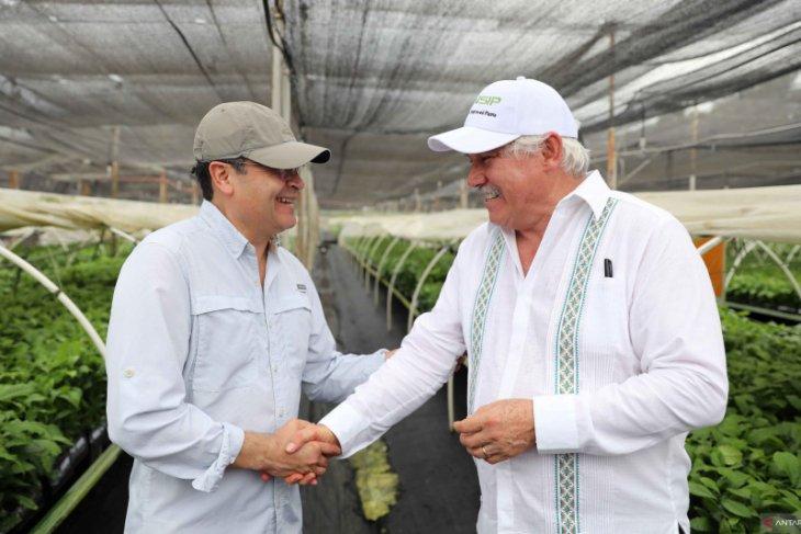 Tentara Honduras kirim makanan ke 3,2 juta orang yang dikarantina karena corona