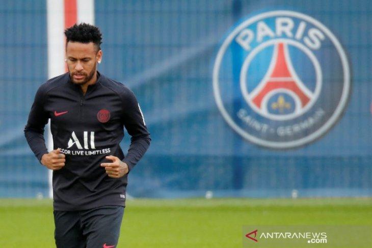 Para bos PSG dan Barcelona gelar pertemuan bahas Neymar