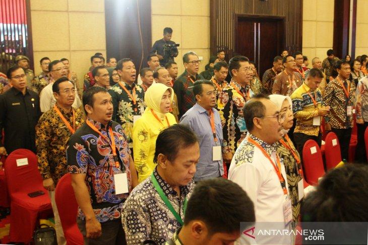 Bupati hadiri konsulidasi regional pertemuan kepala daerah se-Kalimantan