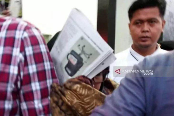 Kejaksaan minta tiga anggota DPRD Surabaya serahkan diri