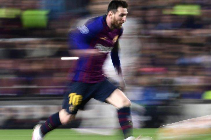 Gol Messi dan Ibrahimovic calon gol terbaik FIFA tahun ini