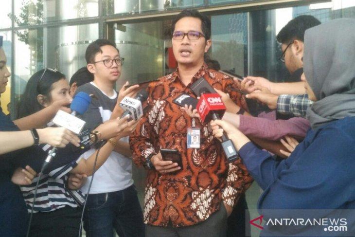 Terkait kasus KTP-el, KPK cegah empat orang ke luar negeri