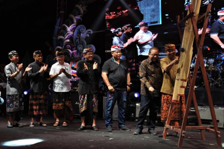Sanur Village Festival 2019 opened by ministers Yahya, Puspayoga