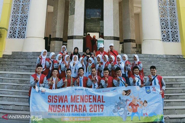 23 peserta siswa mengenal nusantara kembali ke Bengkulu