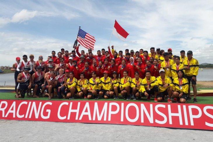 Tim Indonesia sabet emas kejuaran dunia dayung perahu naga