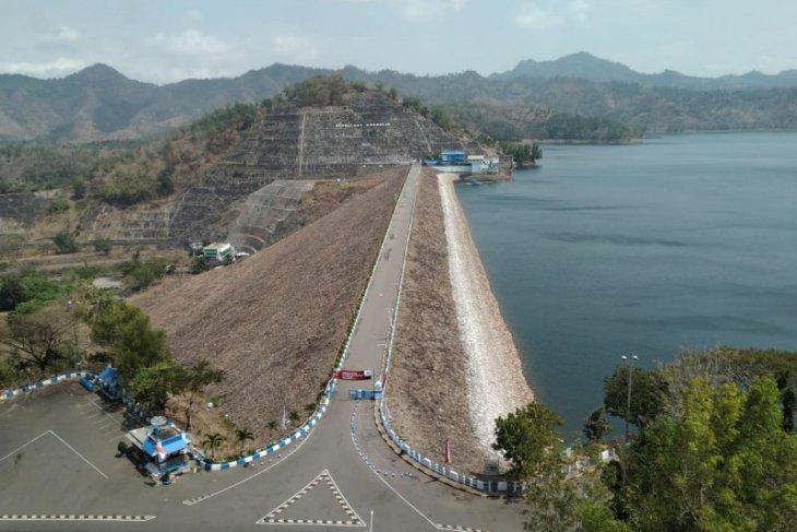 Jasa Tirta kurangi pasokan air PLTA Niyama