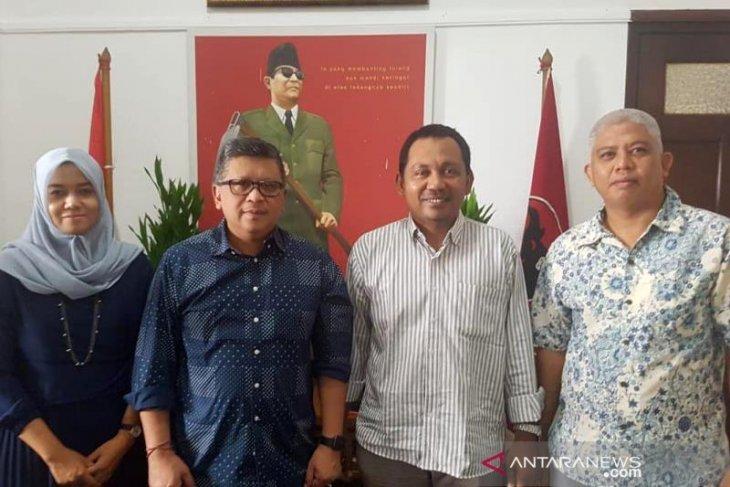 Hasto Kristianto terima dokumen calon Ketua DPRK Aceh Tengah