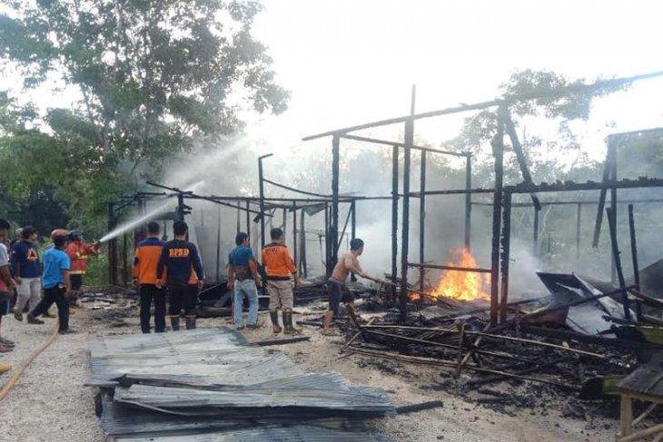 Rokok penyebab kebakaran ruko  di Barito Utara