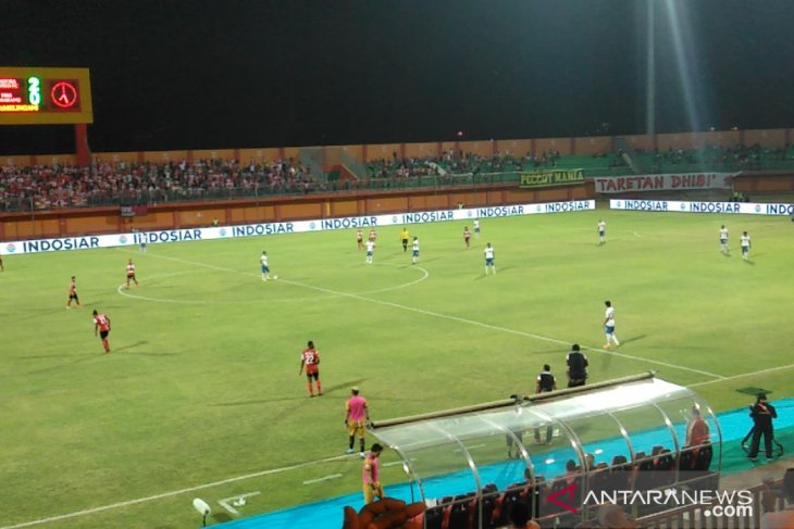 Madura akhiri puasa kemenangan, bekuk PSIS 3-0