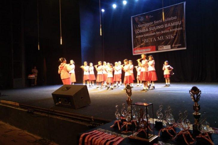 71 peserta ikut festival suling bambu antarSD dan SMP di Ambon