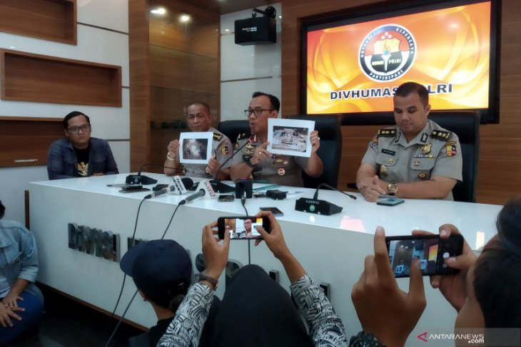 Arrested terror suspects linked to Surabaya bombing: police