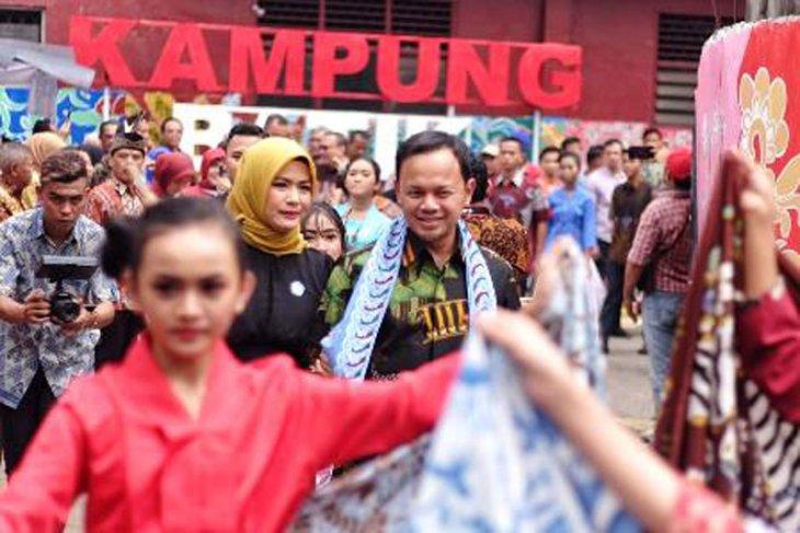 Bima Arya resmikan Festival dan Kampung Batik Cibuluh