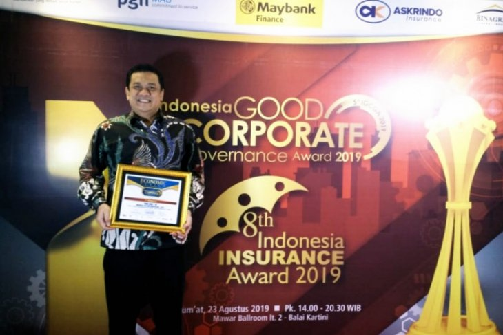 Bank Kalsel raih GCG Award
