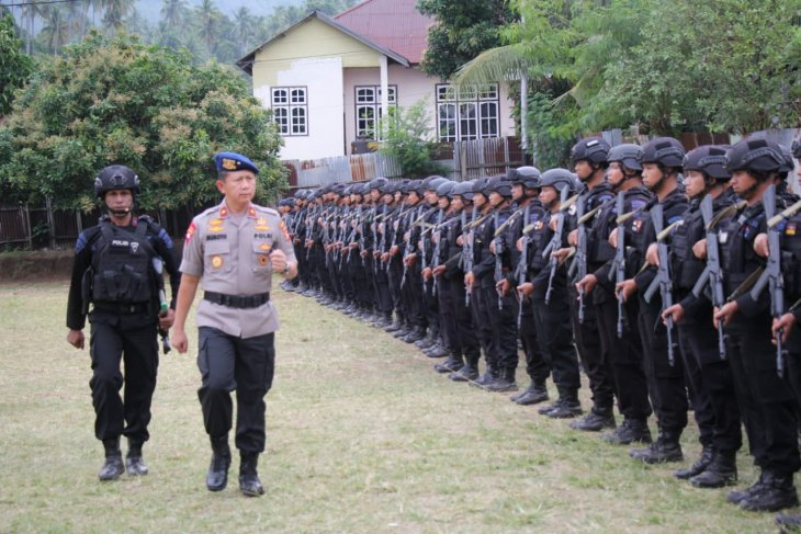 Five companies of North Maluku's police personnel ready for deployment