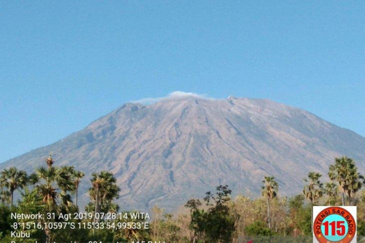 BPBD Bali:  Gunung Agung tetap siaga, jangan terpengaruh hoaks
