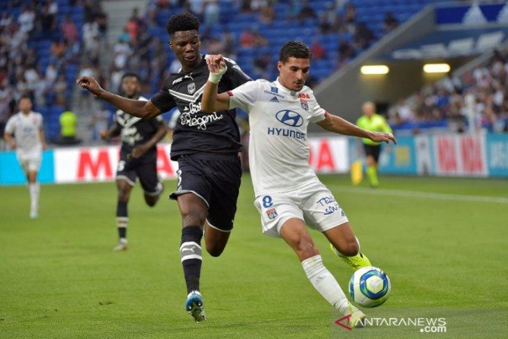 Sepuluh pemain Lyon ditahan imbang Bordeaux