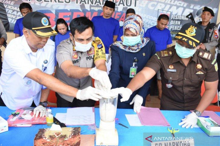 Tanah Laut Police blend 37.19 grams meth