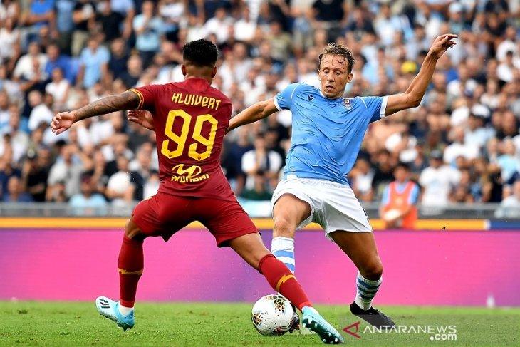 Derby della Capitale berakhir seri 1-1