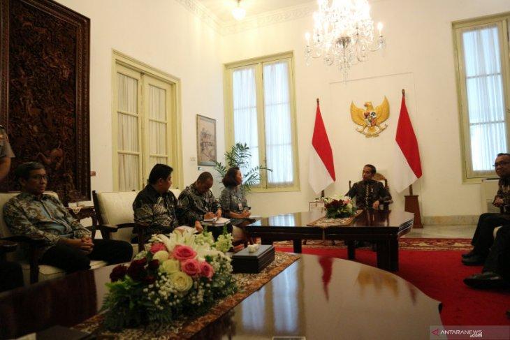 Presiden Jokowi minta nama capim KPK dikoreksi