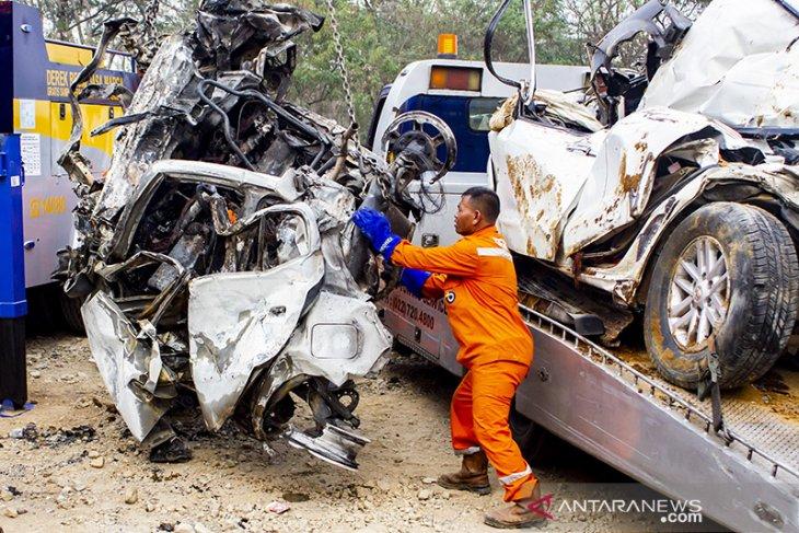 Kecelakaan Beruntun di Tol Cipularang