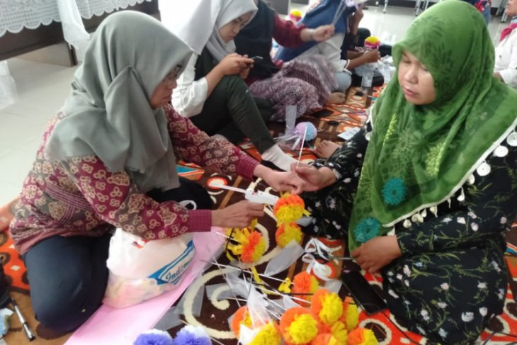 Dekranasda Kota Pontianak bangun UMKM melalui kerajinan