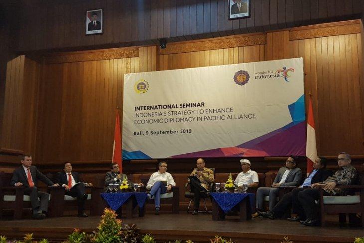 Indonesia organizes int'l seminar on strengthening economic diplomacy