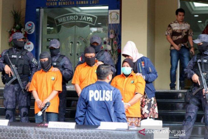Kasus istri bunuh suami, tujuh pelaku ditangkap, satu dalam  pengejaran