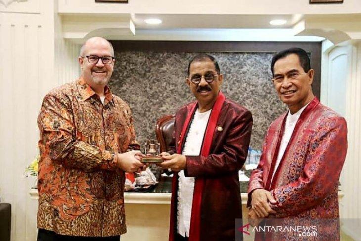 Konjen AS di Surabaya akan hadiri HUT kota Ambon