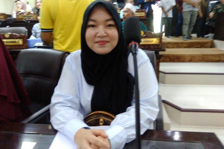 Putri Muhidin akan belajar sebagai pimpinan dewan
