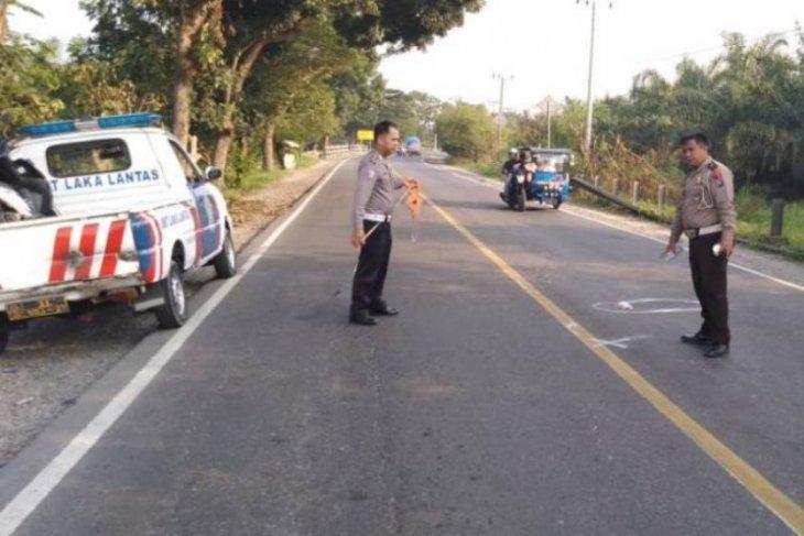 Dilindas truk, bocah lima tahun tewas ditempat