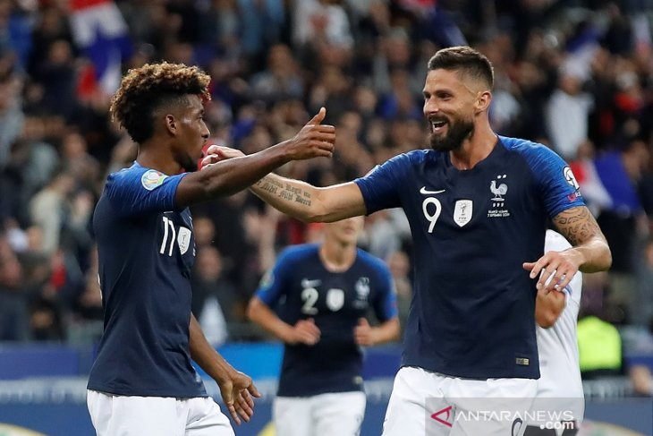 Prancis jaga posisi puncak Grup H dengan tundukkan Albania