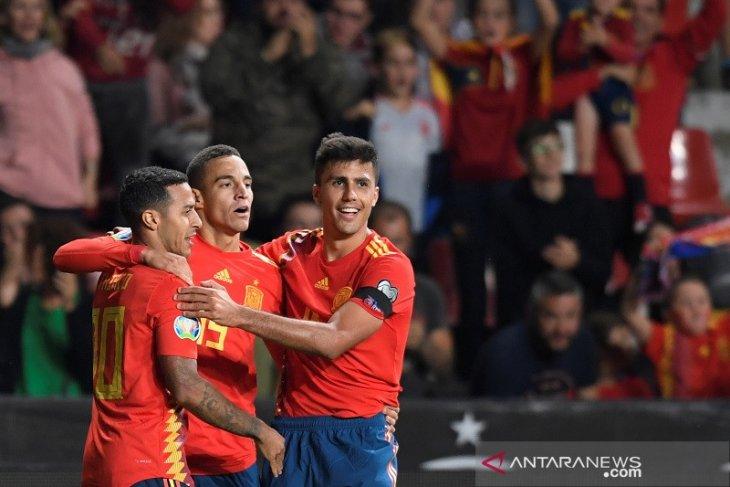 Kualifikasi Piala Eropa 2020: Spanyol jaga kesempurnaan, Rumania naik peringkat ketiga