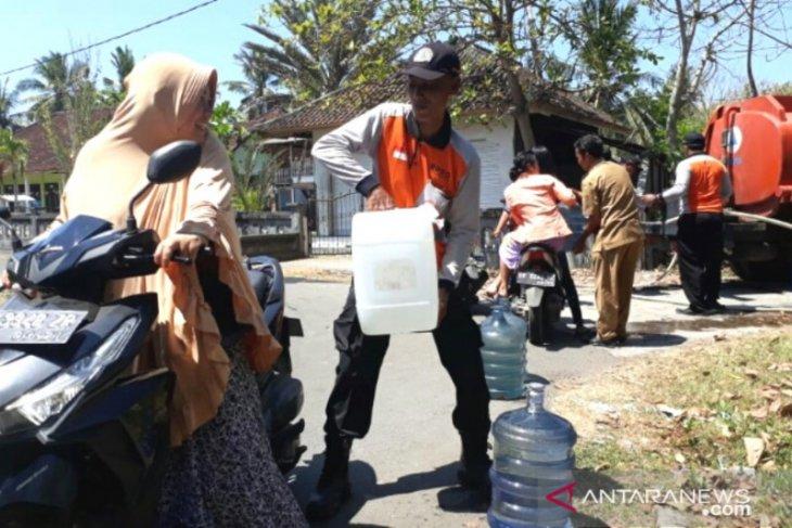 BPBD Jembrana distribusikan air bersih atasi kekeringan