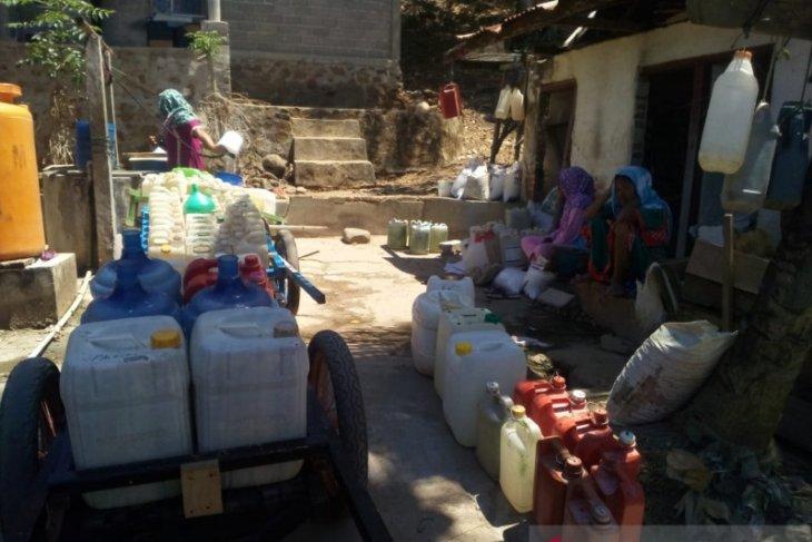 DPRD Gorut minta Pemkab suplai bantuan air bersih ke wilayah kepulauan