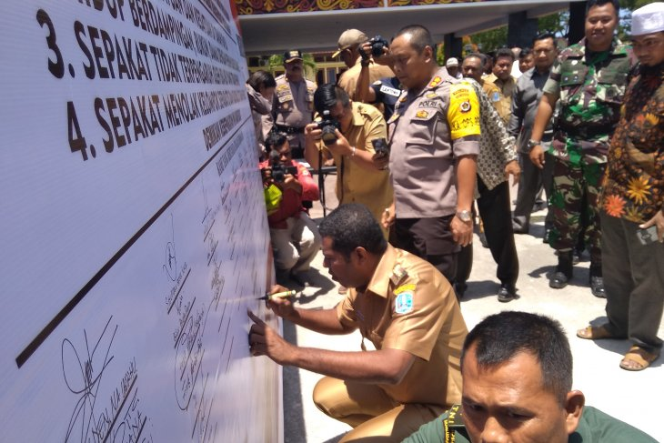 Biak residents issue peace declaration, rejecting separatism