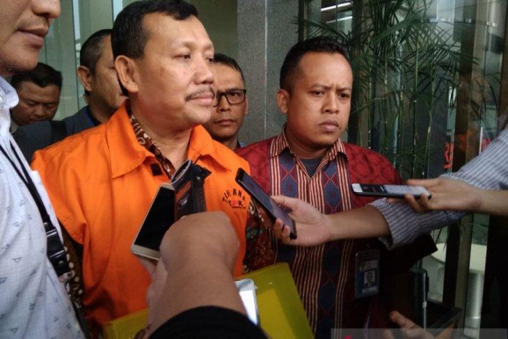 Tiga  saksi dipanggil KPK untuk tersangka Iwa Karniwa
