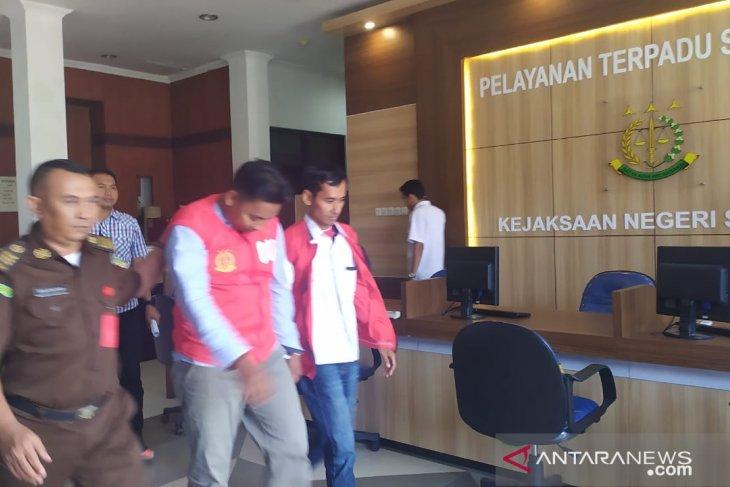Dua tersangka kasus proyek SMPN 2 Sampang ditahan
