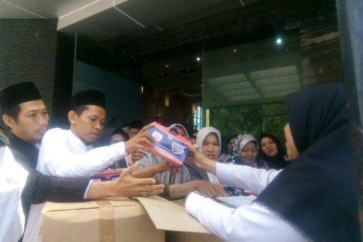 Pemkot Jambi bagikan masker kepada sekolah swasta