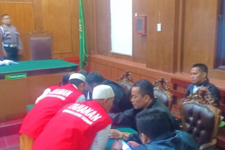 Terdakwa kasus pembakaran mapolsek ajukan penangguhan penahanan