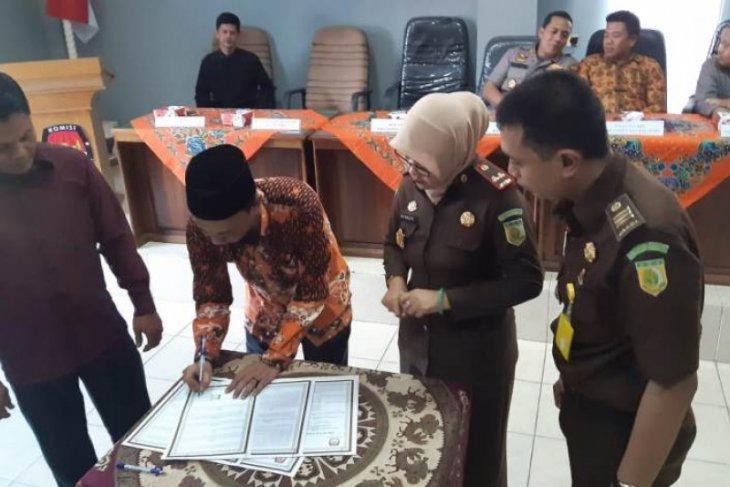 KPU dan Kejari Batanghari teken MoU jelang Pilkada 2020