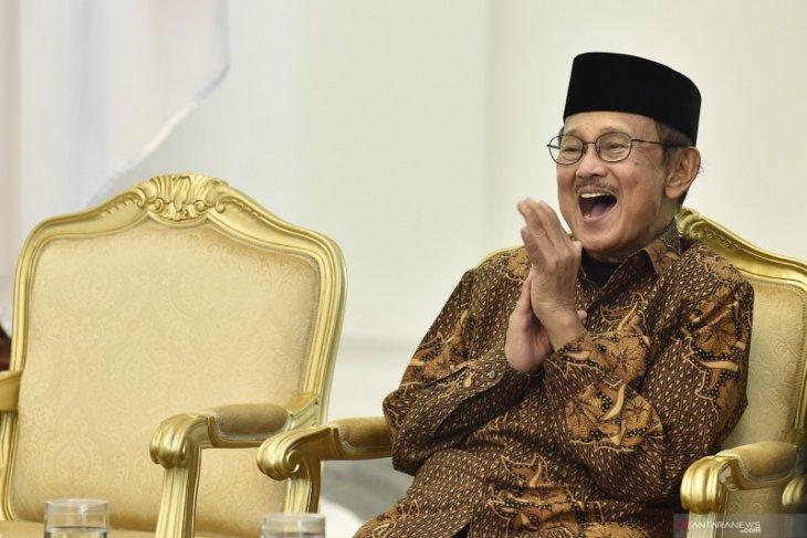 Mengenang BJ Habibie, sang pemimpin sejati