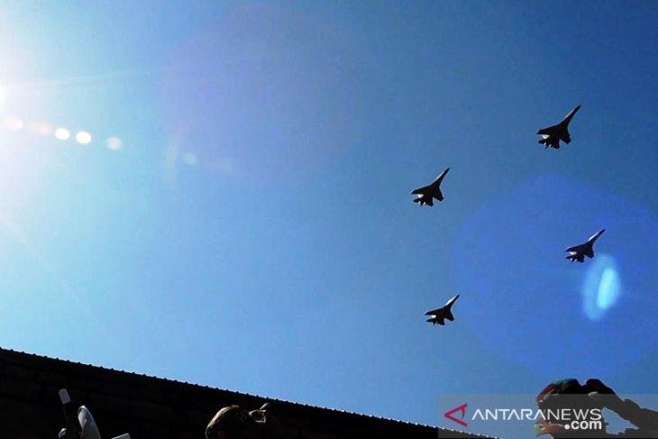 Atraksi pesawat tempur tutup Latgab TNI Dharma Yudha 2019 (Video)