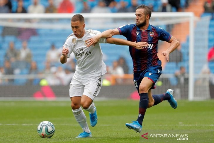 Madrid menang 3-2 atas Levante di laga debut  Hazard