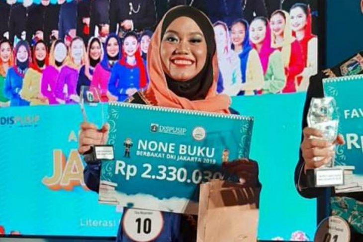 Juara None Buku Berbakat 2019 diraih Tika Wulandari asal Kepulauan Seribu